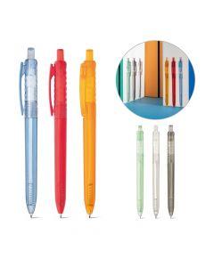 Kierrätysmuovista valmistettu läpinäkyvä kynä