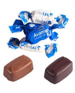 Maitosuklaa ja tumma suklaa Perinteinen suklaakonvehti logokääreessä